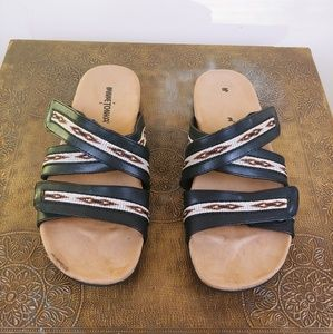 Minnetonka Boho Leather Sandals. Size 8